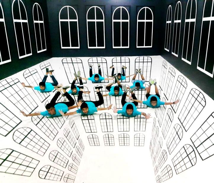 Ammartpanichnukul school field trip : Hua Hin 4D Art Museum